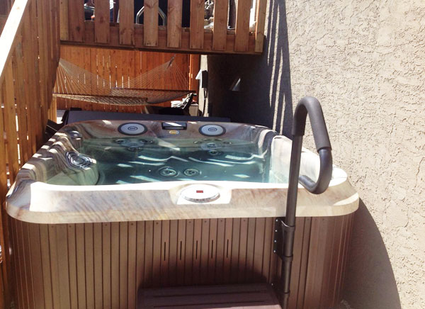 Jacuzzi Hot Tubs of Manitoba installation