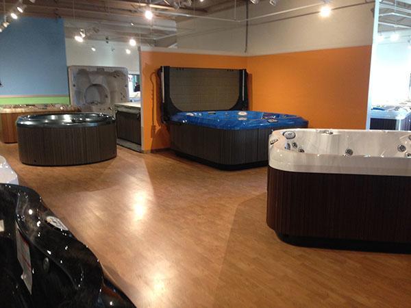Jacuzzi Hot Tubs of Manitoba Madison