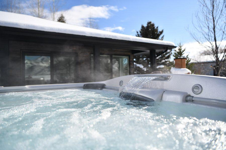 Jacuzzi Hot Tub Winter Installation in Manitoba